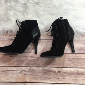 Mossimo lace up black booties size 6.5